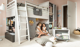 Container with storage unit for Multi bed